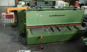 CNC-gesteuerte hydraulische Tafelschere WEINBRENNER  gebraucht